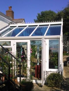 wintergarten sonnenschutz mit sonnenschutzfolie spiegelfolie f r scheiben. Black Bedroom Furniture Sets. Home Design Ideas
