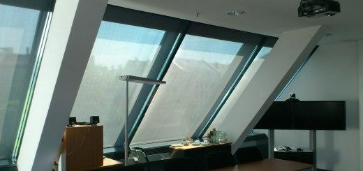 sonnenschutzrollo rollo als t mpor rer sichtschutz sonnenschutz. Black Bedroom Furniture Sets. Home Design Ideas