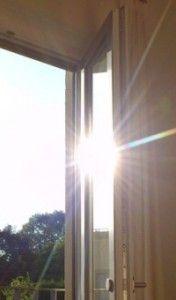 silberfolie reflektierende sonnenschutzfolie spiegelfolie f r ihre fenster. Black Bedroom Furniture Sets. Home Design Ideas